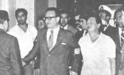 Allende and Lafferté at the Caupolicán Theatre; Santiago, 1952.