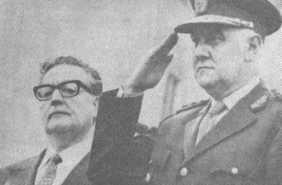 Visits President Lanusse in Salta, Argentina, 1971.