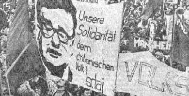 The german people with Allende.
