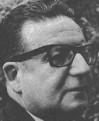 ¡Se siente, se siente, Allende está presente!